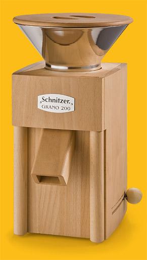 Getreidemühle Schnitzer Grano mit Edelstahltrichter