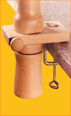 Tischhalterung für Handmühle Kornkraft Fabula